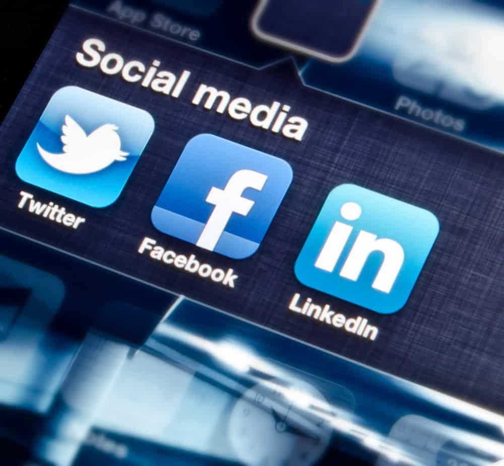 Integrate Social Media Platform